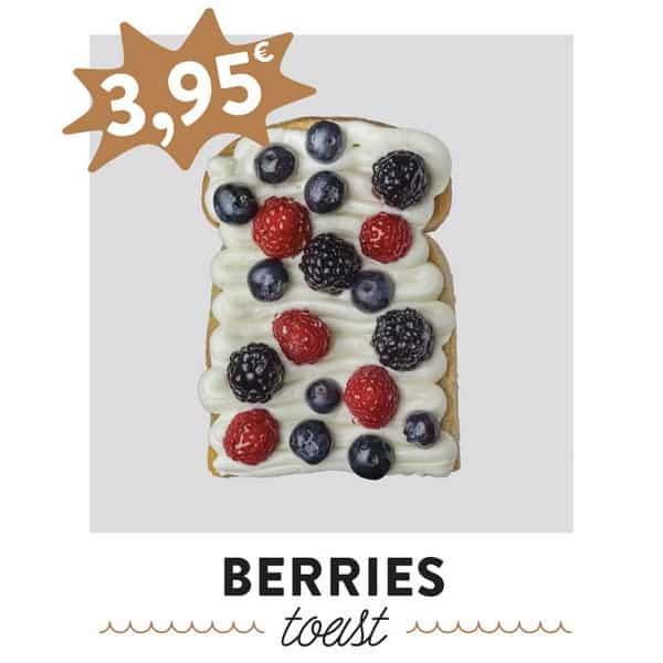 fancytoast berries toast